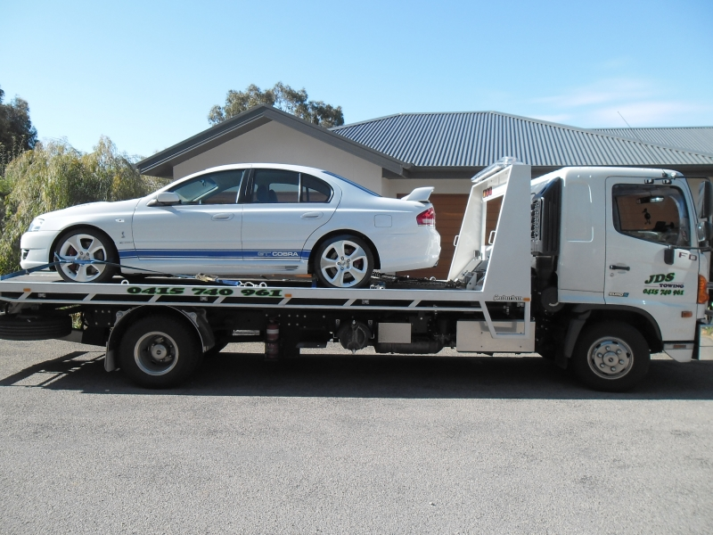 JDS Towing Services Towing Cars